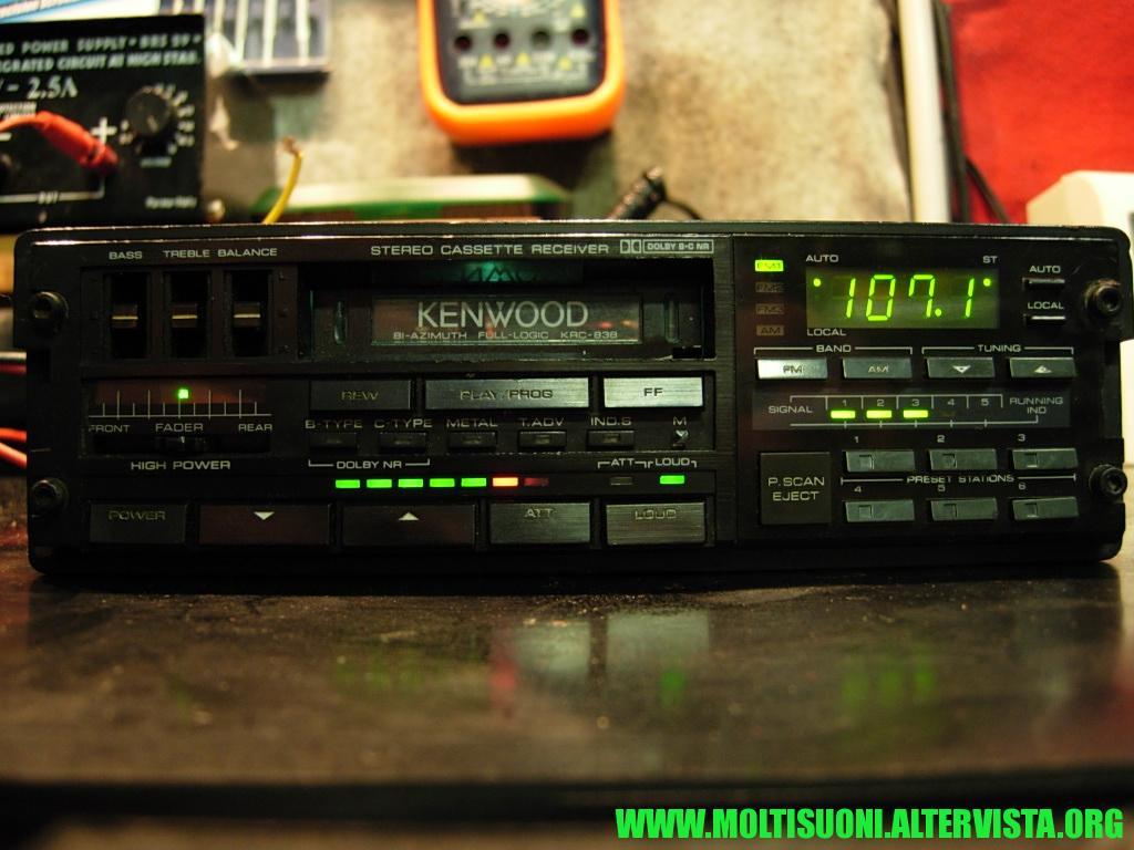 kenwood KRC 838 - Moltisuoni 1