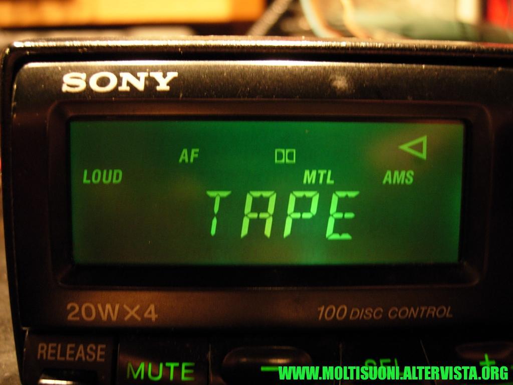 Sony XR-U 440 RDS - Moltisuoni 4