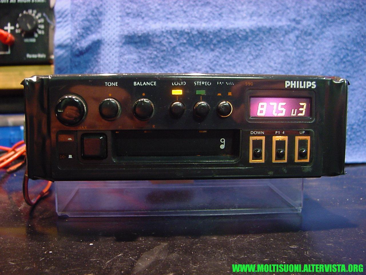 Philips D590 Ford Escort - moltisuoni