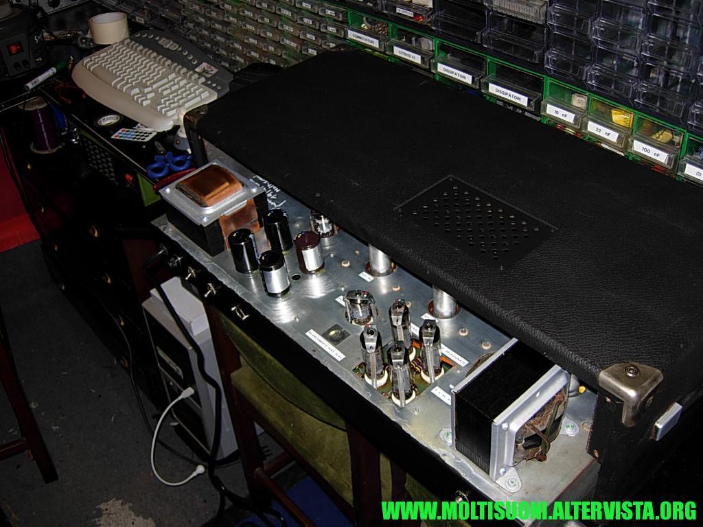 moltisuoni - steelphon phantom 256
