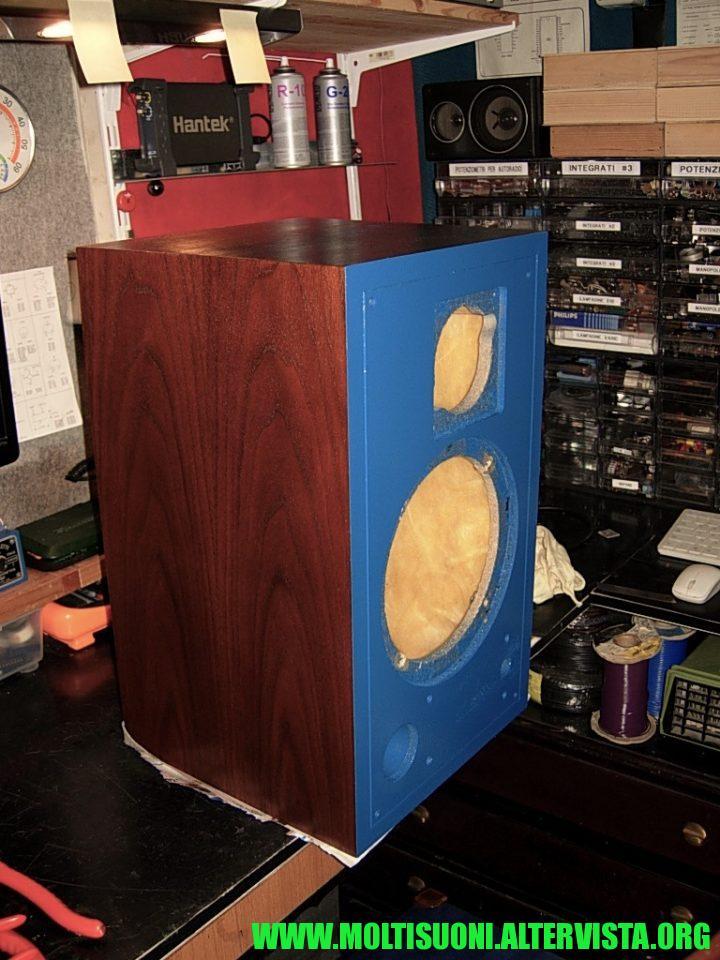moltisuoni jbl 4301B control monitor cabinet